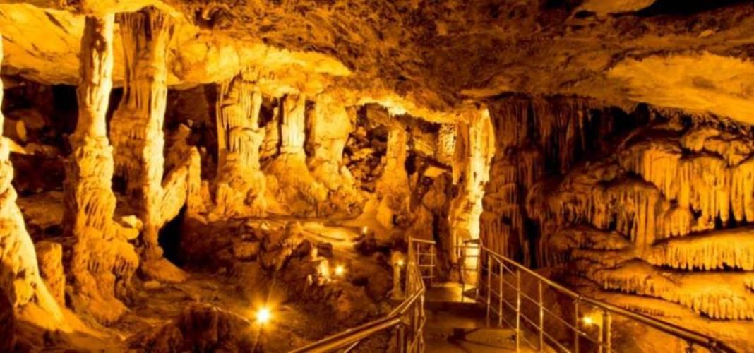 Türkiye'nin Turizme  Açık Mağaraları