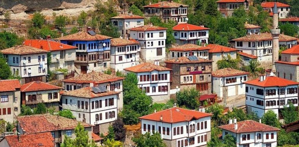 Geleneksel Anadolu Evleri