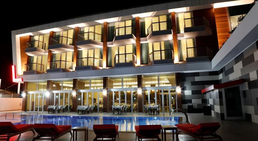 Lova Hotel&Spa